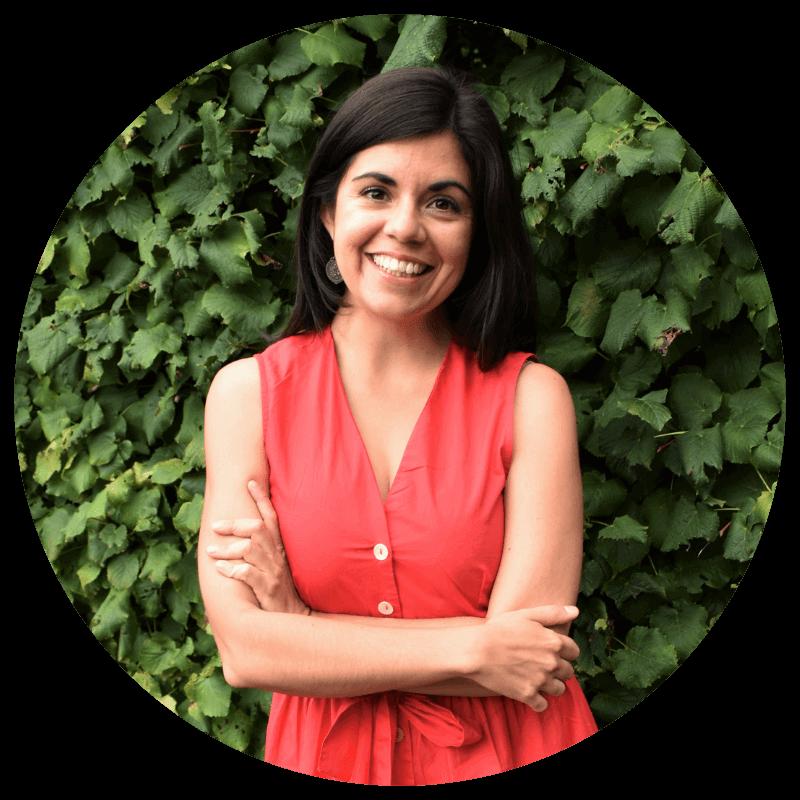 Carmen Lorenana - Women's coach and Menstrual educator